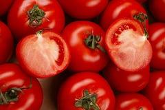Ντομάτα σε ένα κιβώτιο Στοκ εικόνες με δικαίωμα ελεύθερης χρήσης