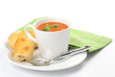 ντομάτα σούπας φλυτζανιών Στοκ φωτογραφία με δικαίωμα ελεύθερης χρήσης