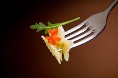 ντομάτες ζυμαρικών arugula Στοκ Εικόνες