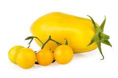 Ντομάτες κίτρινες που απομονώνει στο λευκό Στοκ Φωτογραφίες