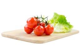 Ντομάτες και μαρούλι κερασιών στοκ εικόνες