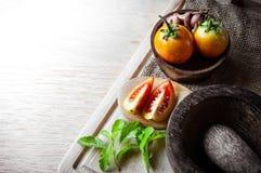 Ντομάτες και φυτικά τρόφιμα στοκ φωτογραφίες με δικαίωμα ελεύθερης χρήσης