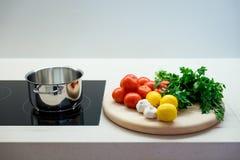 Ντομάτες σκόρδου λεμονιών μαϊντανού Στοκ Εικόνες
