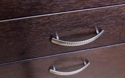 Ντουλάπι κουζινών με τα συρτάρια Στοκ Εικόνες