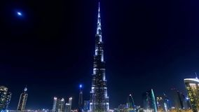 Ντουμπάι, Ε - 29 Ιουνίου 2018: Άποψη Burj Khalifa με το φωτισμό νύχτας απόθεμα Burj Khalifa - πιό ψηλό κτήριο φιλμ μικρού μήκους