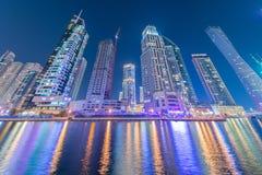 Ντουμπάι - 10 Ιανουαρίου 2015: Περιοχή μαρινών επάνω Στοκ Φωτογραφία