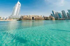 Ντουμπάι - 10 Ιανουαρίου 2015: Το ξενοδοχείο διευθύνσεων επάνω στοκ φωτογραφίες με δικαίωμα ελεύθερης χρήσης