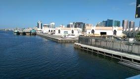 Ντουμπάι μια ηλιόλουστη ημέρα Στοκ εικόνες με δικαίωμα ελεύθερης χρήσης