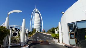 ΝΤΟΥΜΠΑΙ, Ε.Α.Ε. - 25 Μαΐου 2018: Σύγχρονο Al Άραβας Burj ουρανοξυστών αρχιτεκτονικής απόθεμα Αραβικό ξενοδοχείο Al Burj στο Ντου Στοκ Εικόνες