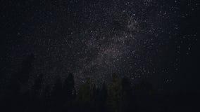 Ντους μετεωριτών ουρανού, όμορφος νυχτερινός ουρανός, γαλακτώδης τρόπος Timelapse απόθεμα βίντεο