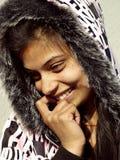 Ντροπαλό χαμόγελο κοριτσιών στοκ φωτογραφία με δικαίωμα ελεύθερης χρήσης