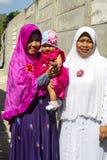Ντυμένες Festively μουσουλμανικές γυναίκες στο τέλος Ramadan, σε Nusa penida-Μπαλί, Ινδονησία Στοκ Εικόνες
