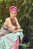 ντύνοντας εθνικό κορίτσι Στοκ φωτογραφία με δικαίωμα ελεύθερης χρήσης
