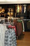 ντύνοντας κατάστημα Στοκ Φωτογραφίες