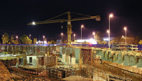 νυκτερινές εργασίες κατασκευής Στοκ Φωτογραφίες