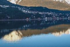 Νυσταλέα λιμενική πόλη Στοκ Φωτογραφίες