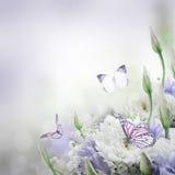 Νυφική ανθοδέσμη από το λευκό και το ροζ Στοκ Εικόνα