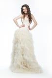 νυφική χαριτωμένη μακριά σύγχρονη γυναίκα fiancee φορεμάτων Στοκ Εικόνες