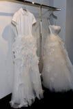 Νυφικό φόρεμα κατά τη διάρκεια του Βίκτωρ και του Rolf Mariage Spring/της παρουσίασης θερινής 2018 συλλογής Στοκ εικόνες με δικαίωμα ελεύθερης χρήσης