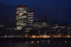 Νυχτερινή ζωή του Λονδίνου στοκ φωτογραφία