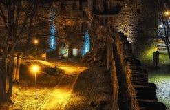 Νυχτερινή πύλη κάστρων Στοκ Φωτογραφίες
