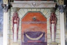 νωπογραφία 1800 που πραγματοποιείται στο αιγυπτιακό ύφος Στοκ φωτογραφία με δικαίωμα ελεύθερης χρήσης