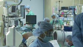 Νωτιαία χειρουργική επέμβαση 10 15 φιλμ μικρού μήκους