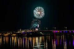 Νόβι Σαντ το /Serbia - 12 Ιουλίου 2018: Πυροτεχνήματα στη βραδιά των εγκαινίων του φεστιβάλ μουσικής εξόδων Στοκ εικόνες με δικαίωμα ελεύθερης χρήσης