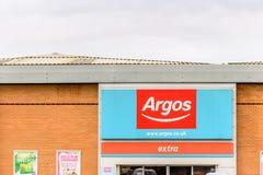 Νόρθαμπτον UK στις 29 Οκτωβρίου 2017: Σημάδι λογότυπων Argos στο λιανικό πάρκο Sixfields Στοκ Φωτογραφίες