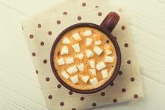 Νόστιμη κούπα καφέ με marshmallow Στοκ φωτογραφία με δικαίωμα ελεύθερης χρήσης