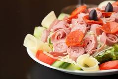 Νόστιμη σαλάτα Antipasto Στοκ φωτογραφία με δικαίωμα ελεύθερης χρήσης