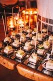 Νόστιμος ζωηρόχρωμος και εύγευστος ιταλικός μπουφές στο εστιατόριο Στοκ Εικόνες