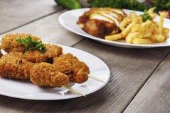 Νόστιμο τηγανισμένο κοτόπουλο kebob στοκ φωτογραφίες