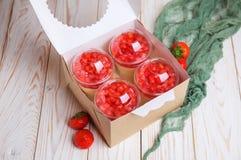 Νόστιμο cheesecake επιδορπίων φραουλών μικροπράγμα Στοκ Φωτογραφία