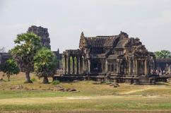 Νότια βιβλιοθήκη Angkor Wat - ο Khmer ναός σε Siem συγκεντρώνει την επαρχία Στοκ Εικόνες