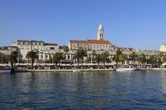 Νότια πρόσοψη του παλατιού Diocletian στη διάσπαση, Κροατία στοκ φωτογραφίες