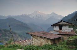 Νότος και Hiunchuli Γ Annapurna Στοκ Εικόνες