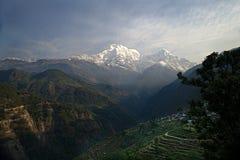 Νότος και Hiunchuli Ε Annapurna Στοκ Φωτογραφία
