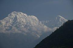 Νότος και Hiunchuli Χ Annapurna Στοκ εικόνα με δικαίωμα ελεύθερης χρήσης