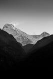 Νότος και Hiunchuli Annapurna Στοκ Φωτογραφίες