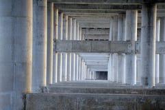 Νύφη κάτω από τη δομή 3 Στοκ Φωτογραφίες
