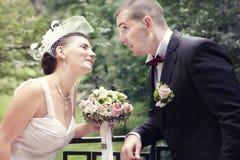Νύφη και νεόνυμφος, στη ημέρα γάμου Στοκ Εικόνα