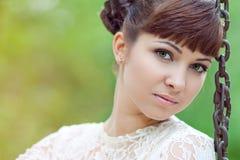 Νύφη σε μια ταλάντευση Στοκ εικόνες με δικαίωμα ελεύθερης χρήσης