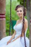 Νύφη σε μια ταλάντευση Στοκ εικόνα με δικαίωμα ελεύθερης χρήσης