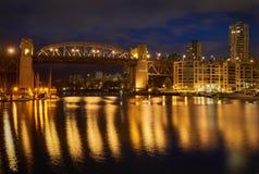 νύχτα Βανκούβερ γεφυρών burrard Στοκ Εικόνες
