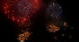 Νύχτα επίδειξης πυροτεχνημάτων απόθεμα βίντεο