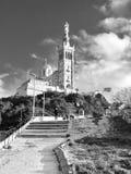 Νύχτα καθεδρικών ναών της Μασσαλίας συμπαθητική Στοκ φωτογραφία με δικαίωμα ελεύθερης χρήσης