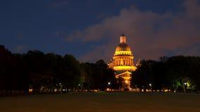 Νύχτα καθεδρικών ναών του ST Isaac ` s στοκ φωτογραφία με δικαίωμα ελεύθερης χρήσης