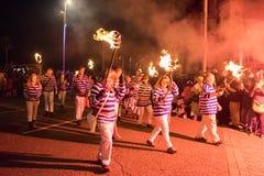 Νύχτα και παρέλαση φωτιών Hastings στις 14 Οκτωβρίου 2017 Στοκ Εικόνες