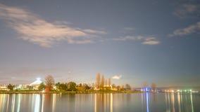 Νύχτα με το μπλε και τα αστέρια στοκ εικόνα